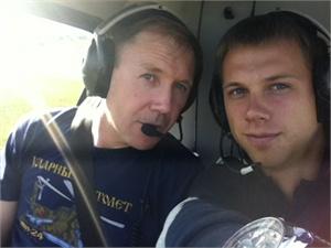 Евгений Зотов с сыном( фото по материалу kp.ua)